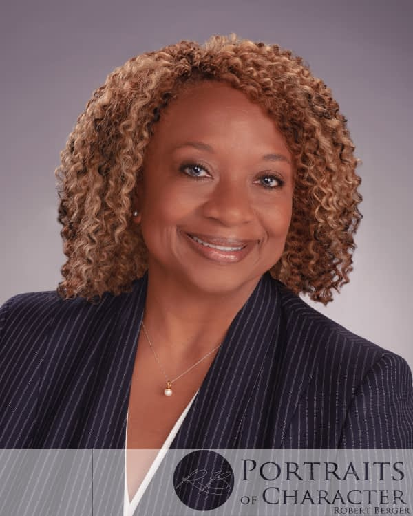 Business-Executive-Headshot-Professional-Portrait-Portraits-Houston-InnovativeImagesPhotography-PortraitsofCharacter